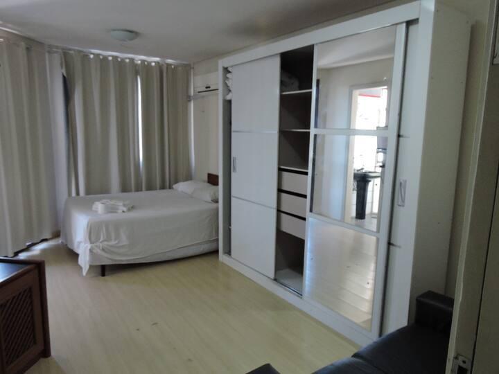 Manhattan Apart Hotel/806