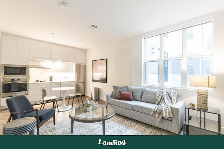Landing | Modern Apartment with Amazing Amenities (ID1266)