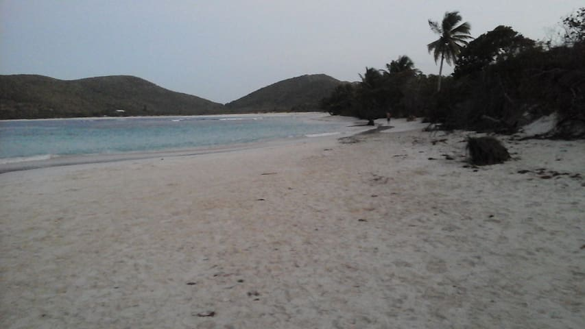 Culebra Eco Camping - Culebra