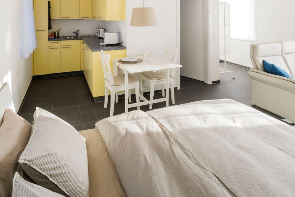 Gemütliches Studio in separatem kleinen Haus.