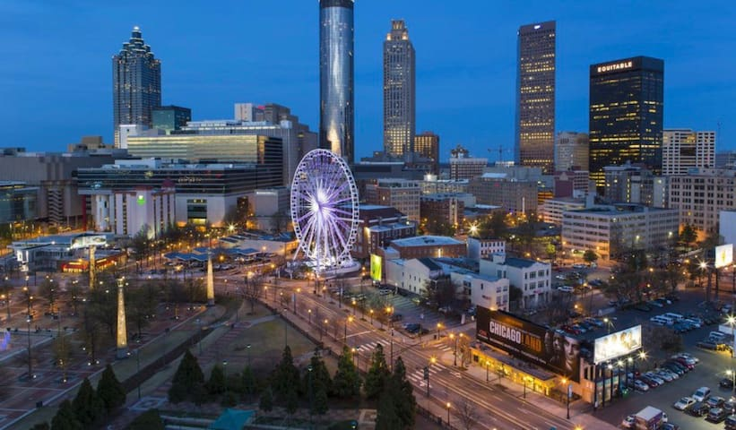The Heart of Atlanta with Free Parking