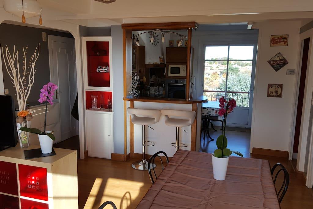 74m centre anglet proche plages bayonne biarritz appartements louer anglet aquitaine. Black Bedroom Furniture Sets. Home Design Ideas