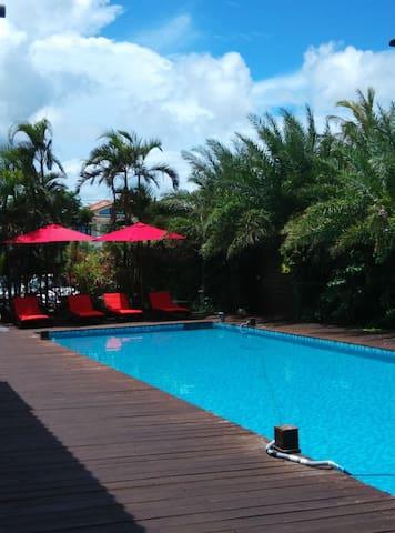 卡樂175包棟式泳池villa