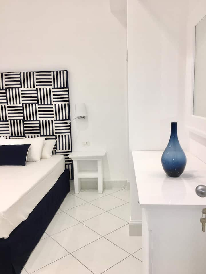 Duomo Guest House - Stanza 103 - Stay in Sorrento