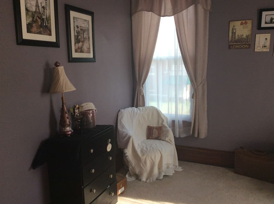 Dresser and seating in Tale of Two Cities Bedroom