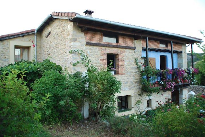 Acogedora casa de campo en Las Merindades - Brizuela
