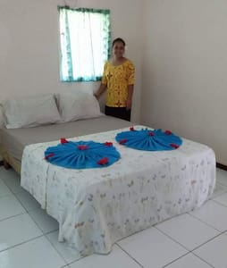 2 Bedroom Aircon Apt - 5 mins to Apia