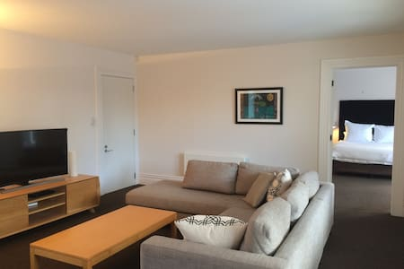 Spacious well equipped Herne Bay villa apartment - Auckland - Willa