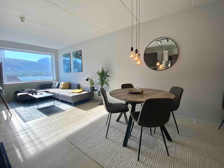 Modern Tromsø apartment • City centre