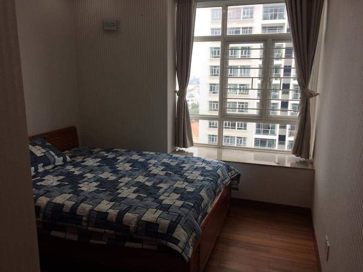 Sunny room in a huge apartment in Thao Dien, HCMC