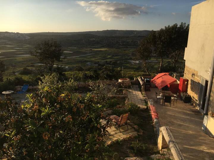 Secco's seaview accommodation&experience for group