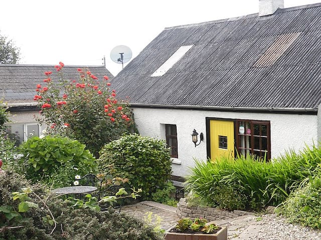 Braeside Cottage A traditional Irish cottage