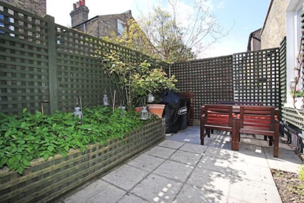 There is a nice outdoor area perfect to enjoy a coffee in the morning on those sunny days