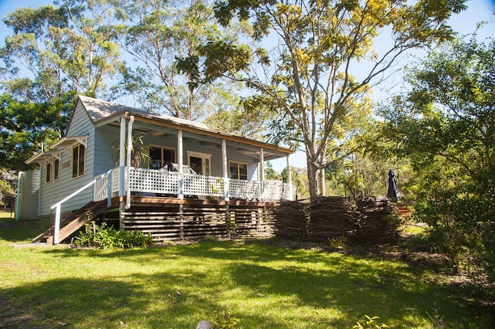 Cooee Cottage on 25 Acres - Pet Friendly
