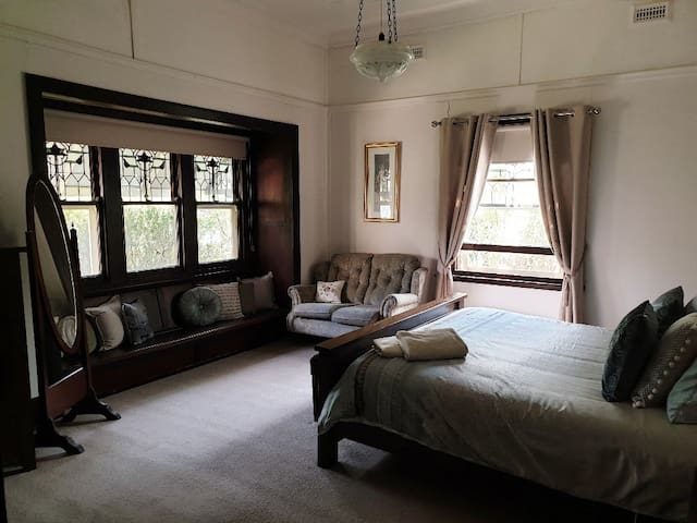 Main Bedroom with King size Bed.
