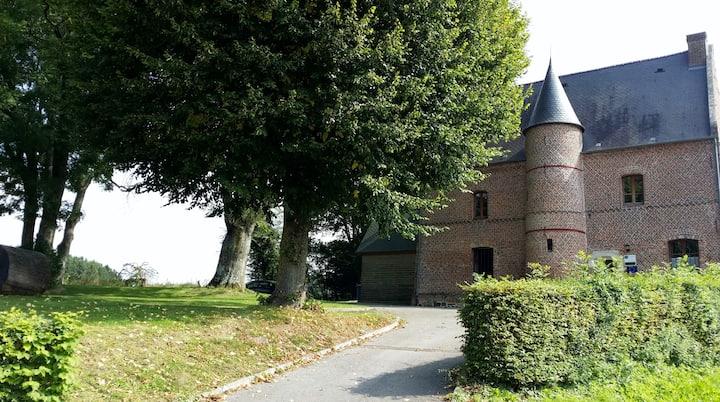 la maison du prévot 02830 Saint Michel