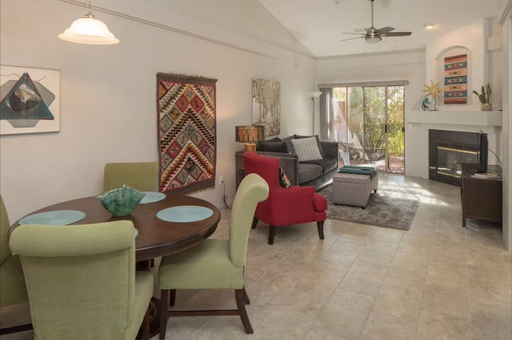Elegant and updated: In the heart of Sedona!