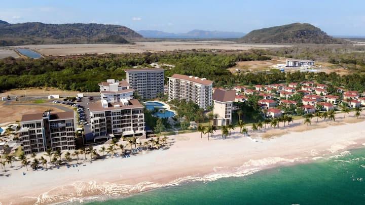 Playa Caracol Residences & Beach Club, Chame.
