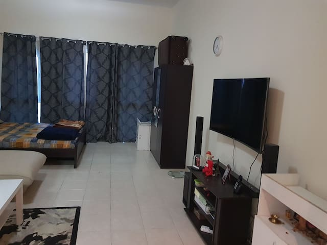 Fully furnished studio flat with all amenities
