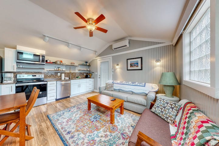 Charming, Dog-Friendly Cottage w/ Shared Pool - Walk to the Ocean!