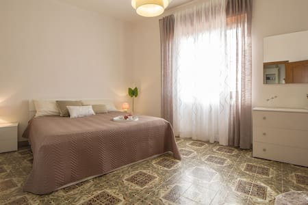 B&B 1 stanza con bagno privato vicino ad Alghero - Uri - Bed & Breakfast