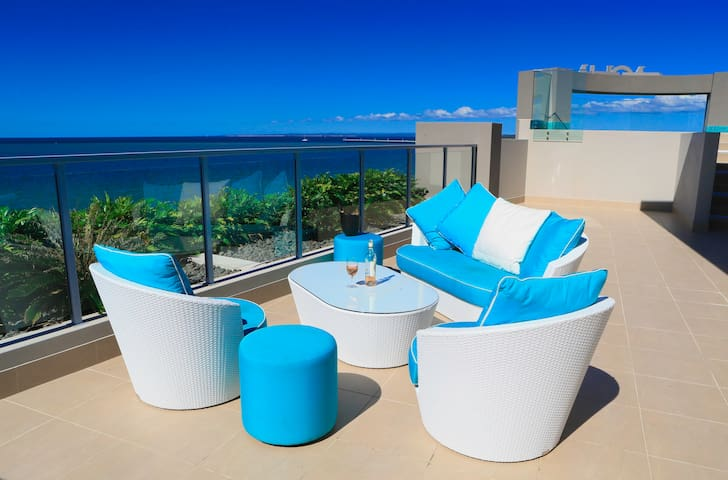 Aqua Aqua Luxury Penthouses