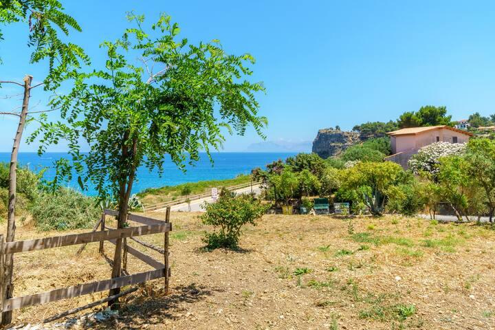 Residence Vita Loca 50 mt. dal mare