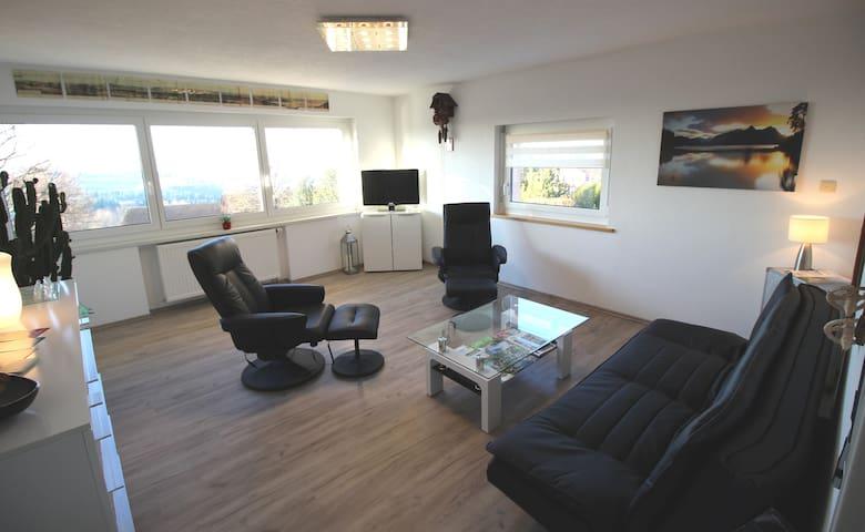 Wohnzimmer mit Panoramablick