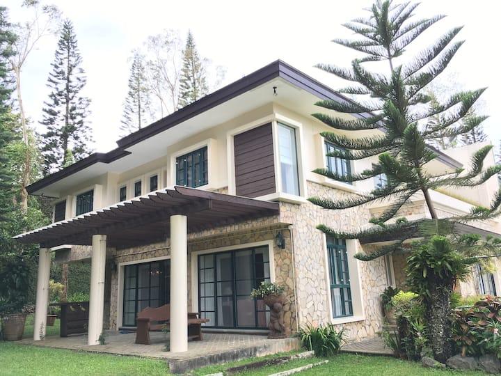 The Luxury of Tagaytay
