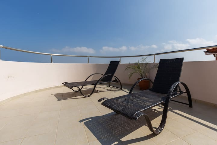 Suite apartment in front of Ammoudara's beach - Gazi - Apartamento