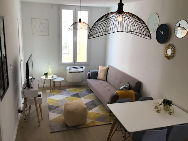 Appartement 2 chambres refait à neuf, climatisé