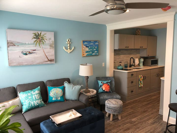 Enjoy Fall at the Beach! NEW North Beach Condo