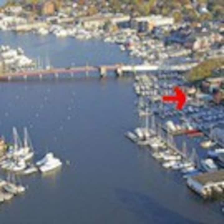 Upscale Waterfront Condo Annapolis