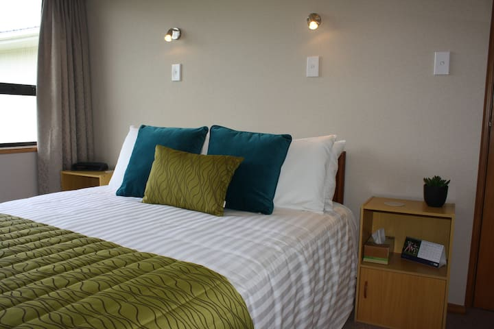 Jennys B & B:  Double Room with modern ensuite
