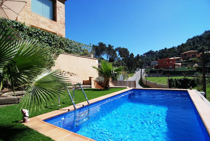 OS HomeHolidaysRentals Plaisirs - Costa Barcelona