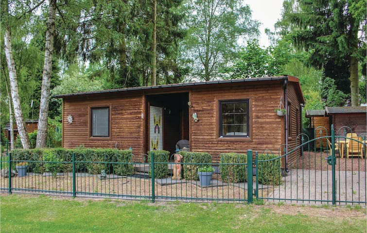 Holiday cottage with 2 bedrooms on 52 m² in Lanaken
