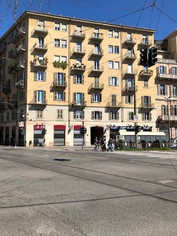 MONOLOCALE TORINO CENTRO