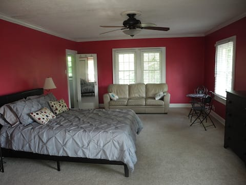 Master suite near downtown Indy