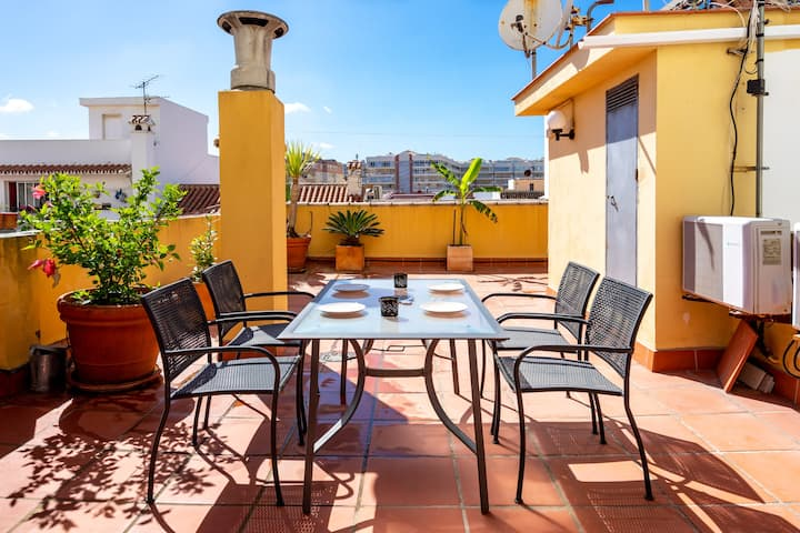 Stunning penthouse 100m to Los Boliches playa