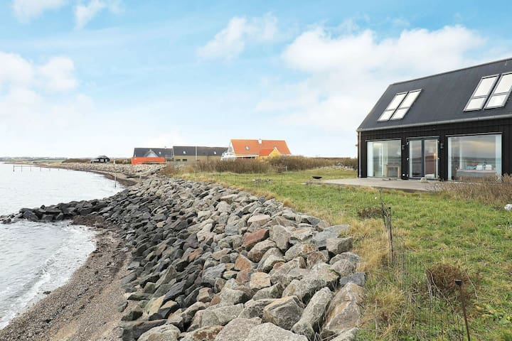 Picturesque Holiday Home in Struer Near Sea