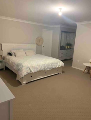 Master bedroom (king bed) with ensuite