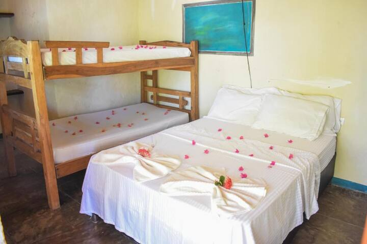 Alojamiento frente del mar, Ecohotel La Cocotera