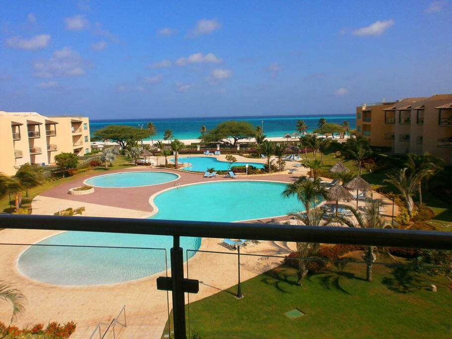 Oh yes..this is your view from your balcony, there's the rail!