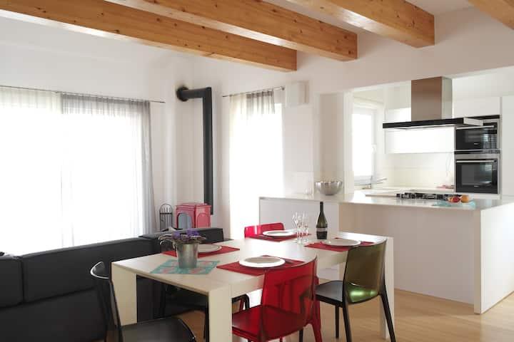 Penthouse apartment Murter