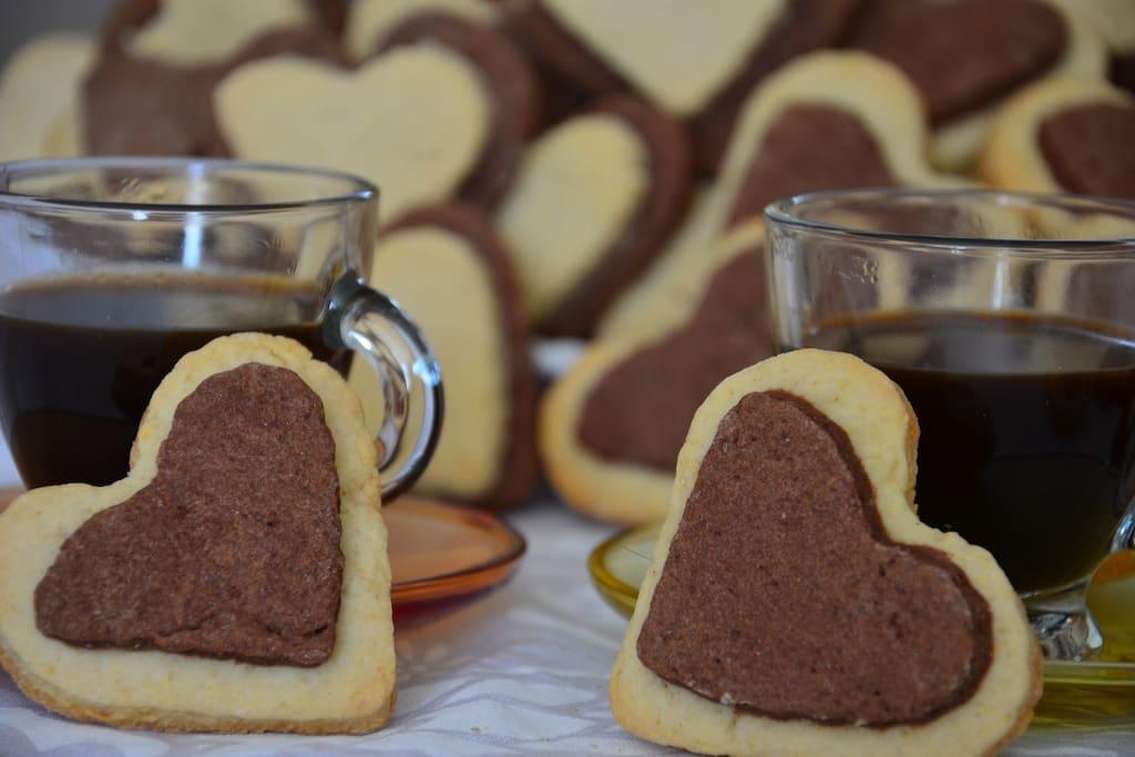 Colazione romantica Romantic breakfast