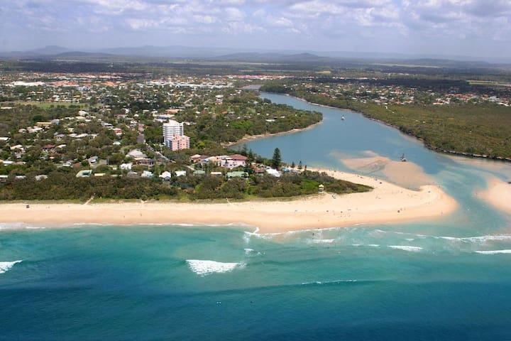 Relax at Caloundra Coastal Flat - Currimundi - Apartment