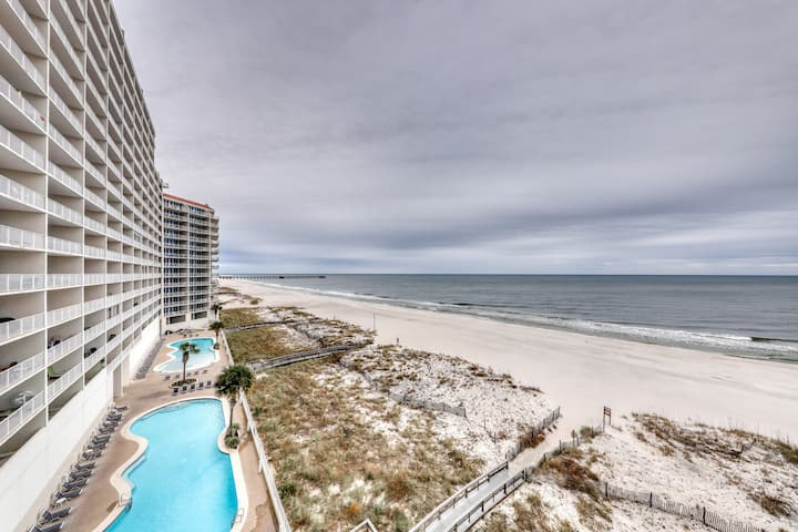 Gulf-front condo w/ private balcony & shared pools, hot tubs & gym!