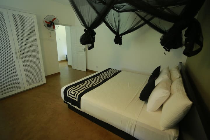 Deluxe Residency Suite With Balcony