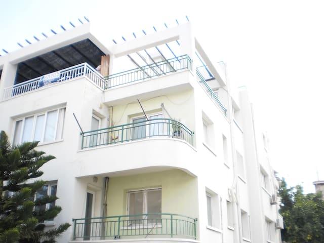 Kyrenia Penthouse, 2 Beds/Baths, City Centre