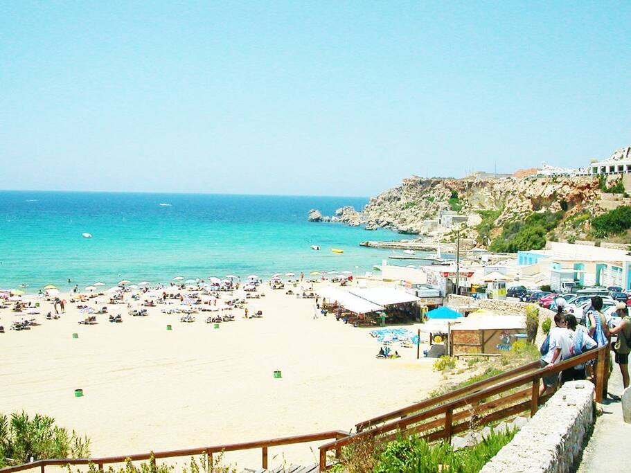 Mellieha bay beach. Just a couple of minutes away from the appartment.